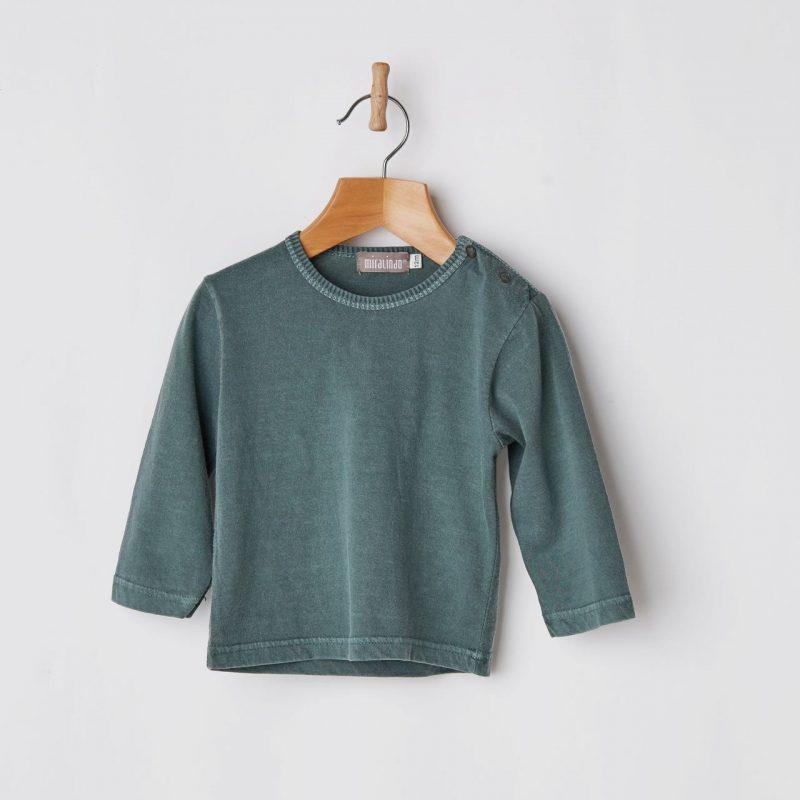 Camiseta básica de bebé de color verde diferente y de algodón.