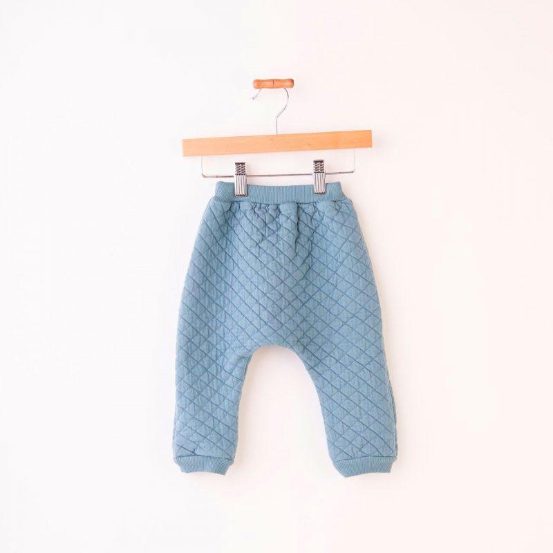 Pantalón largo acolchado bebe color verde azul. Pantalon calentito de invierno.