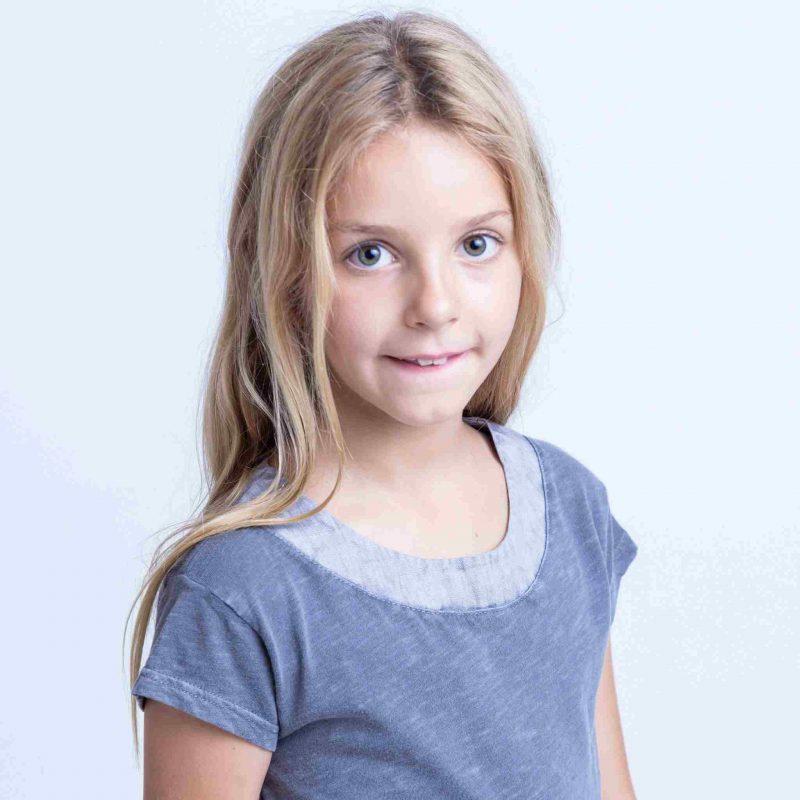 Vestido de algodón para niña talla 8 años. Vestido para niña Miralindo. Vestido con bolsillos para niña talla 8 años. Vestido para niña. Vestido color azul. Vestido para verano talla 8 años. Vestido cómodo y confortable.